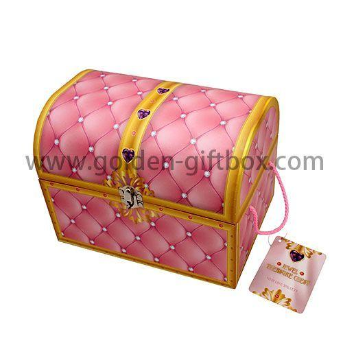Rigid paperboard kid's treasure chest with metal lock and key and beautiful pp string handles
