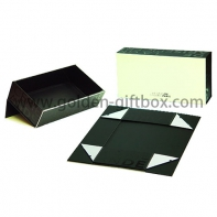 High-end luxury paper jewelry box magnetic closure luxury foldable packaging box