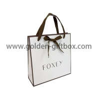 Shopping bag with colour border and bow and cotton tape handles